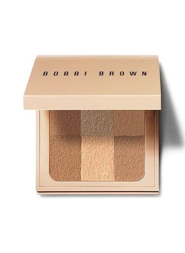 Bobbi Brown Nude Finish Illuminating Powder Golden Renksiz